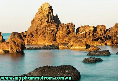 Hà Nội - Nhật Lệ- đảo Yến - Thành Cổ QT- động Thiên Đường