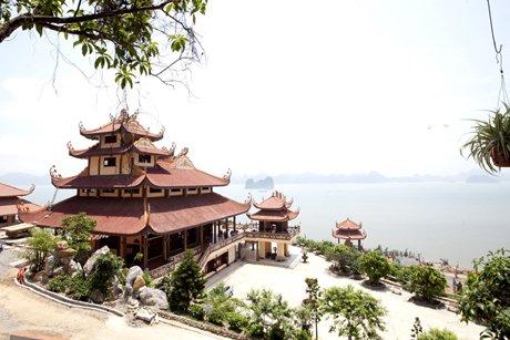Hà Nội - Yên Tử - Hạ Long - Cửa Ông - Chùa Cái Bầu