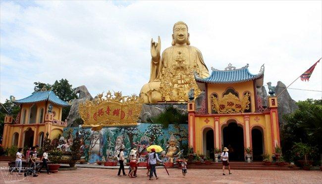 Hà Nội – Chùa tháp Vàng – Bà Chúa Thượng Ngàn – Hồ Núi Cốc