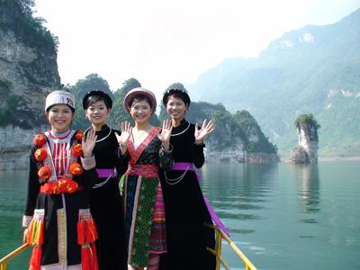 Hà Nội - Khu du lịch Sinh Thái Nà Hang Tuyên Quang 2N1Đ