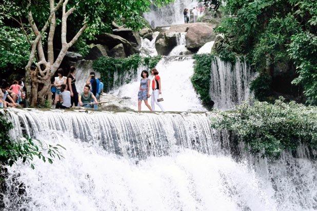 Ha Noi- Khoang Xanh - Suối -Tiên
